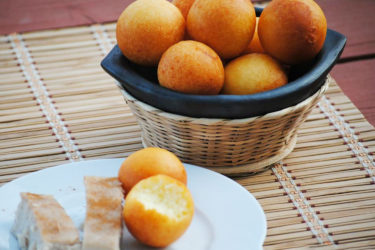 Colombian Buñuelos (Cheesy Dough Fritters), photo by Sweet y Salado