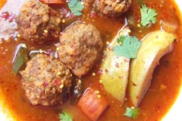 Albóndigas en Caldillo de Jitomate y Guajillo (Meatballs in a Tomato Chile Broth), photo by Sonia Mendez Garcia