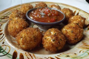 Bolitas de Queso (Fried Cheese Balls), photo by Sonia Mendez Garcia