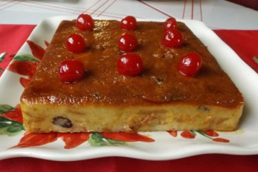 Budín de Pan con Rompope (Bread Pudding With Eggnog), photo by Sonia Mendez Garcia