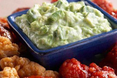 Buttermilk Ranch Guacamole With Spicy Chicken Wings, photo by Fresh Avocados - Love One Today