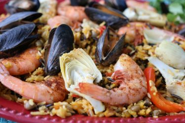 Paella de mariscos saludable, photo by Fernanda Alvarez