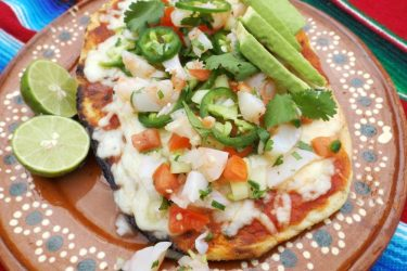 Grilled Pizza Topped with Shrimp Ceviche, photo by Sonia Mendez Garcia