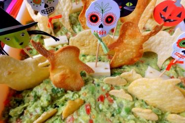 Graveyard Guacamole (Baked Chips), photo by Sonia Mendez Garcia